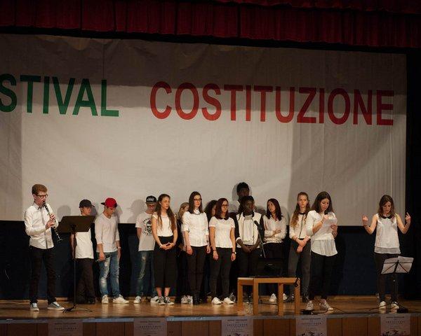 """I.T. """"C. Deganutti"""" e I.S.I.S. """"V. Manzini"""""""