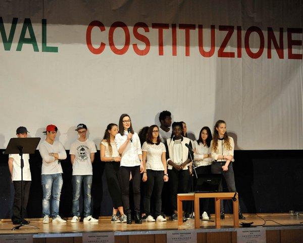 Studenti I.T. Deganutti e I.S.I.S. Manzini